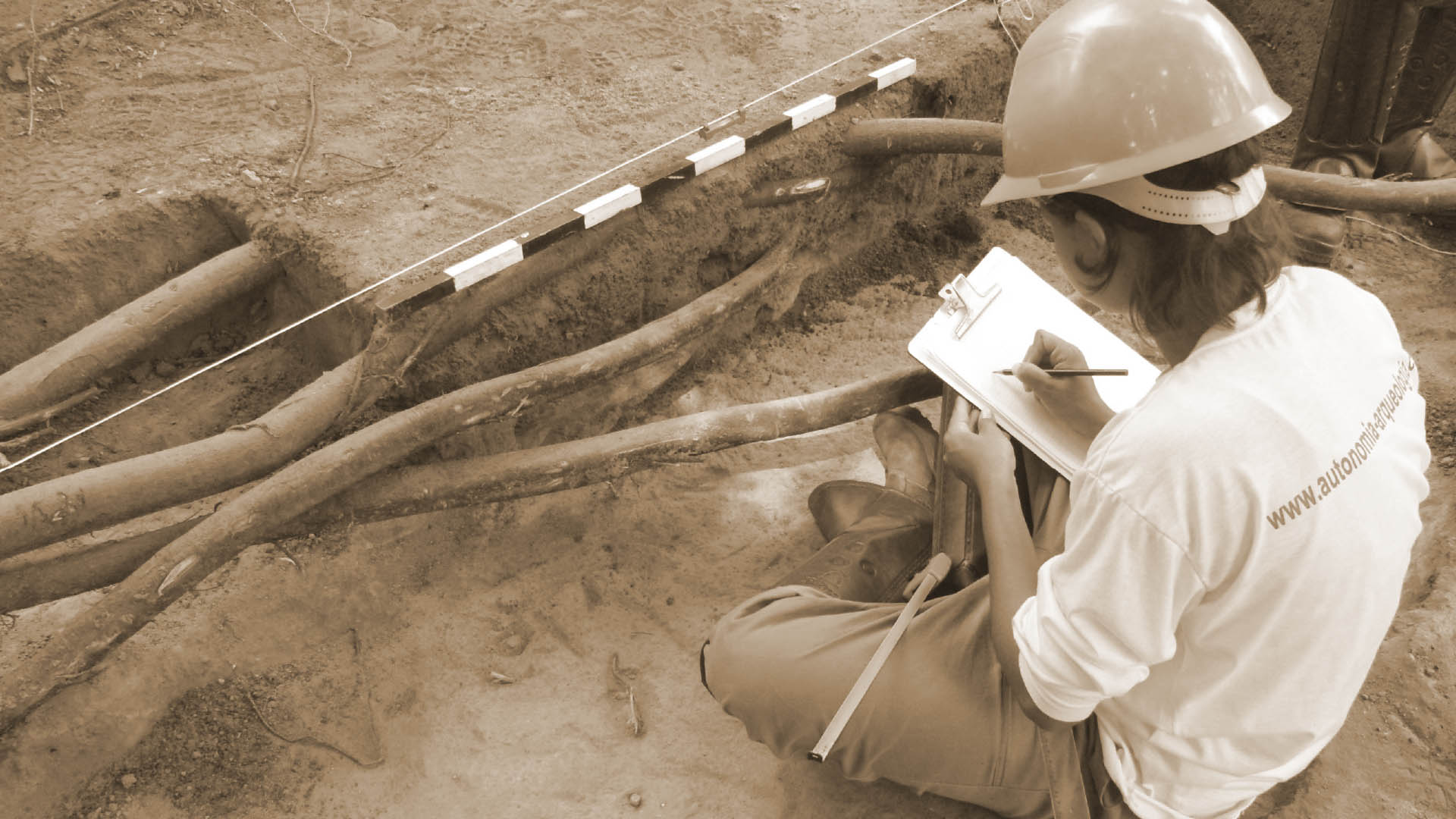Autonomia Arqueologia - Empresarial